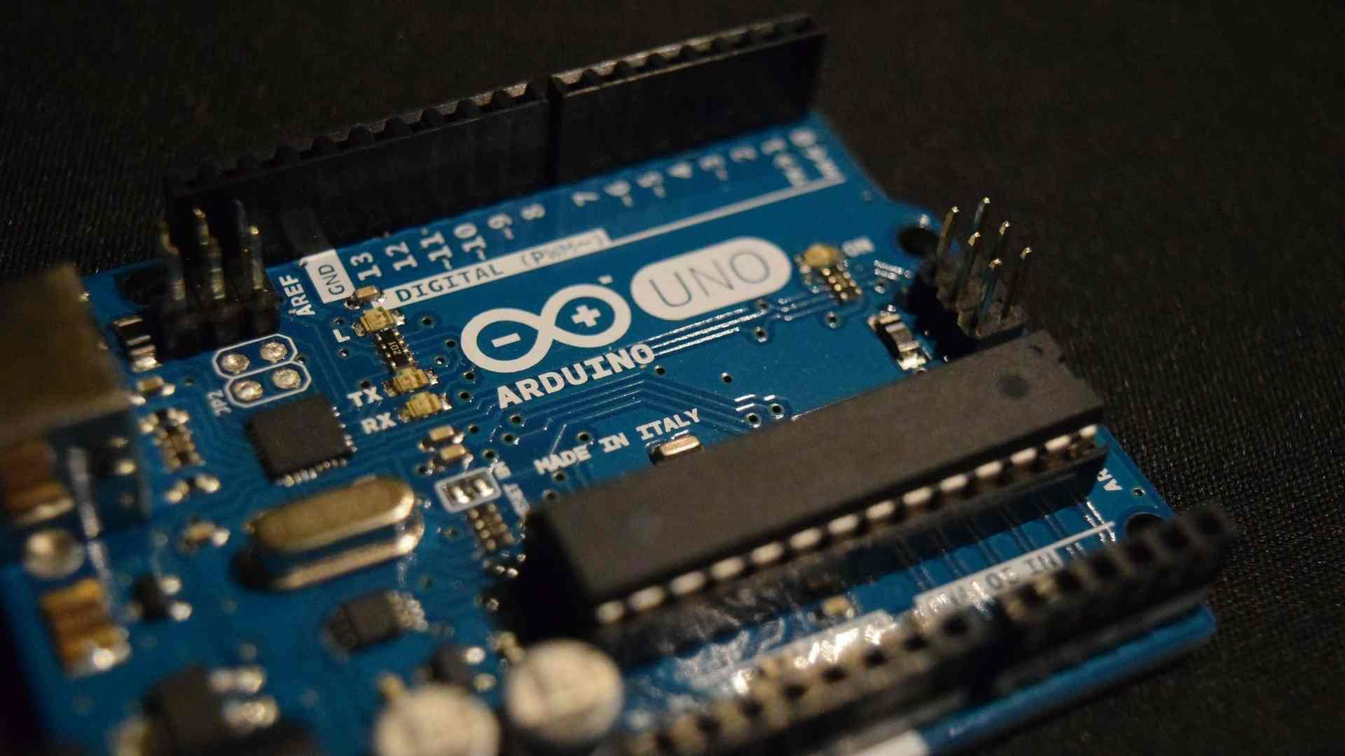 Öğrenci Kariyeri - : Tüm Yönleriyle Arduino