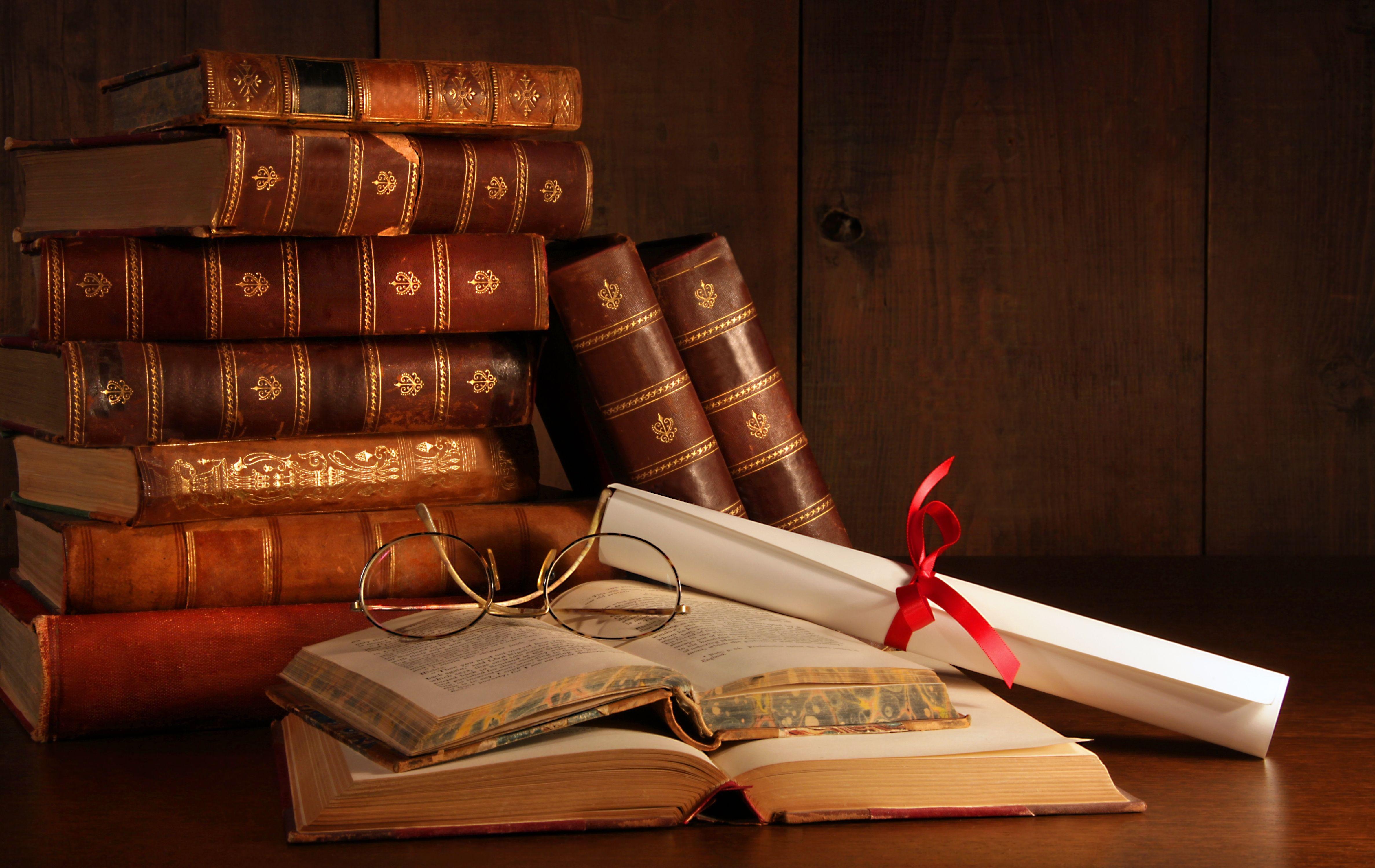Yüz Yılın Okunması Gereken 5 Türk Romanı