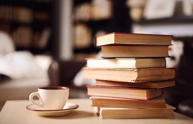 Öğrenci Kariyeri - : Düzenli Kitap Okumanın 10 Önemli Faydası