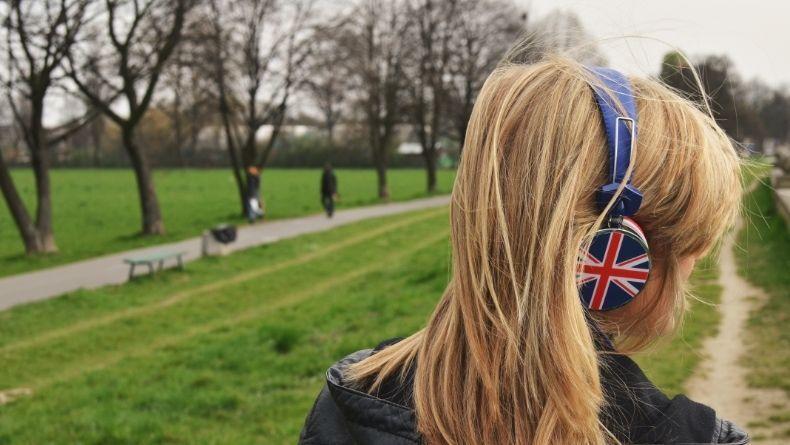 5 Şarkı İle İngilizcenizi İleri Seviyeye Taşıyın
