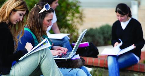 Dokuz Eylül Üniversitesi'nde Çift Diplomalı Program