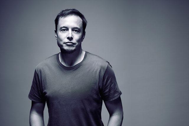 Elon Musk ''Tesla, 1-2 yıl sonra tek şarjla 1000 kilometre yapıyor olacak''