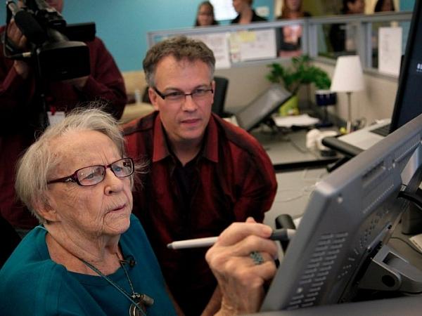 Google, 97 Yaşındaki Kadının Mühendis Olma Hayalini Gerçekleştirdi