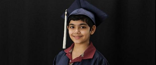 Mucize Çocuk: 11 Yaşında 3 Diploma