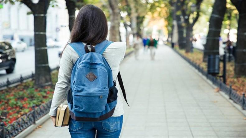 Üniversiteyi Aileden Uzakta Okumak İçin 6 Neden