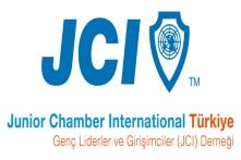 Genç Girişimciler Fark Yaratan Projeleriyle JCI Türkiye Altın Fikirler Akademisinde Yarışıyor!