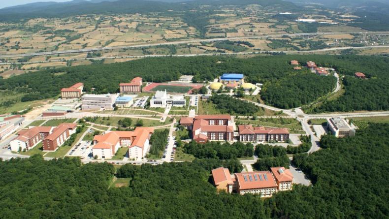 Öğrenci Kariyeri - : Her Yönüyle Bolu Abant İzzet Baysal Üniversitesi'nde Öğrenci Olmak