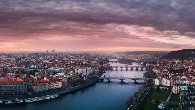 """Öğrenci Kariyeri - Üniversite Etkinlikleri, Sertifika Programları, Gündem: Prag'da 4 Günlük """"The Star of Europe"""" Eğitim Kursu! Masraflar Karşılanıyor"""