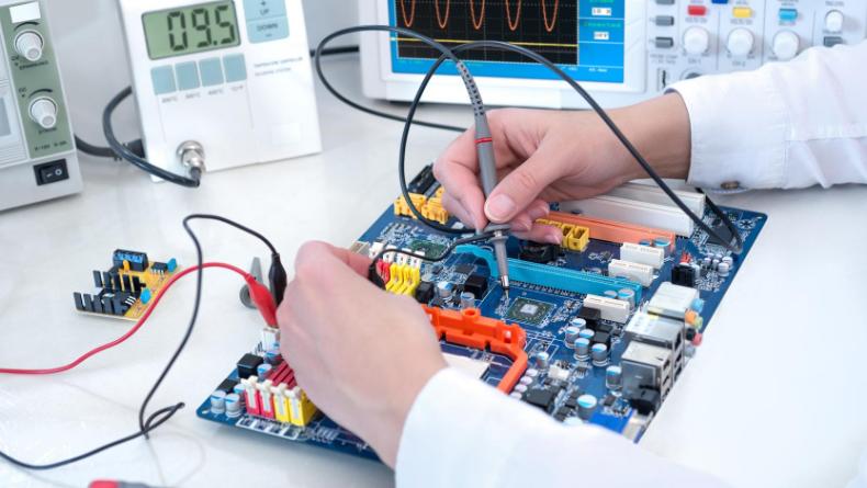 Öğrenci Kariyeri - Meslek Tanıtımları: 8 Maddede Elektrik Elektronik Mühendisliği
