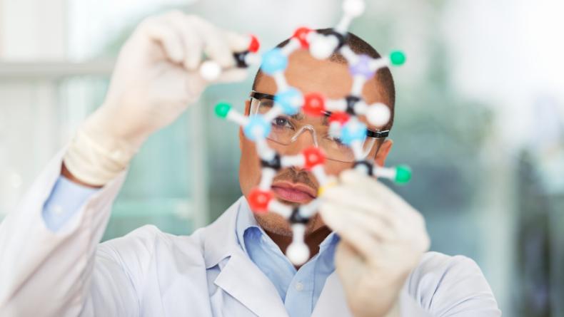 Öğrenci Kariyeri - : 8 Maddede Moleküler Biyoloji ve Genetik Bölümü