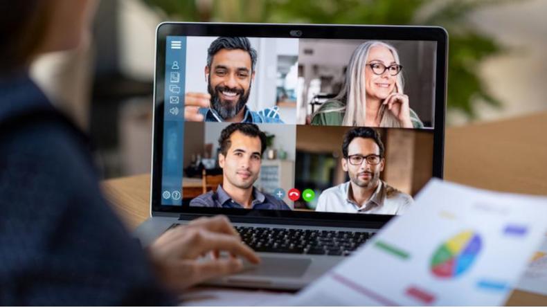 Görüntülü Aramalarda İletişim Becerilerinizi Geliştirmek için 9 İpucu