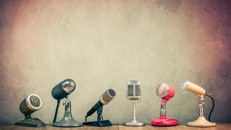 Geçmişin Kulaklara Kazınmış Sesi: Radyo Tiyatrosu