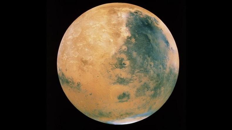 Öğrenci Kariyeri - : Mars'ta İlk Kez Göl Bulundu!