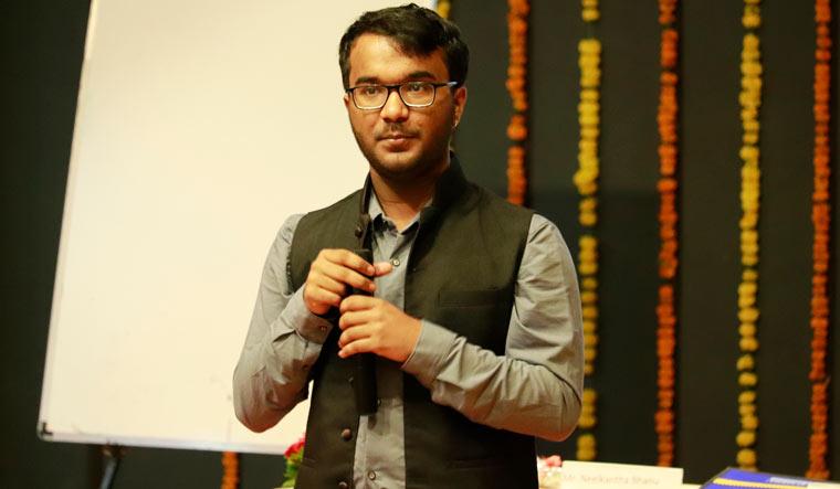 Öğrenci Kariyeri - : Matematik Fobisini Yeryüzünden Sildi: Dünyanın En Hızlı Hesap Yapan İnsanı