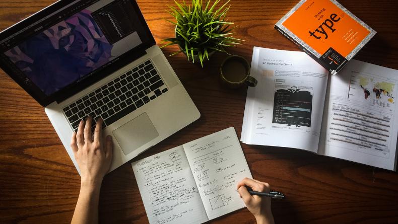 Öğrenci Kariyeri - : Online Süreçte En Önemli Noktalardan Biri: Öğrenciler İçin Bilgisayar Alma Rehberi