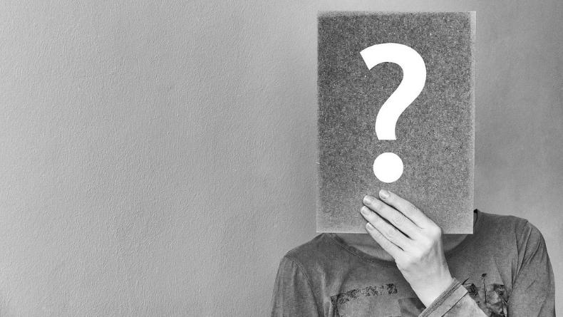 Öğrenci Kariyeri - : Kimliğimiz İsmimize Bağlı Olabilir mi?