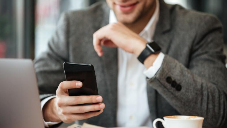 Öğrenci Kariyeri - Teknoloji & Bilim: Akıllı Telefon Kullanıcıları Dikkat! Bu Önlemleri Almayı Unutmayın