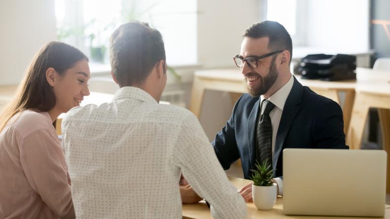 Öğrenci Kariyeri - : Kariyerinizin Öncüsü Siz Olun: Göz Ardı Etmemeniz Gereken 4 Tavsiye