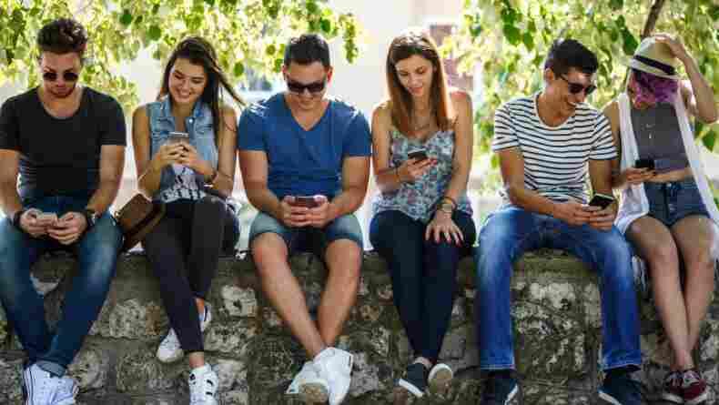 7 Maddede Sosyal Medya Bağımlılığından Kurtulma Rehberi