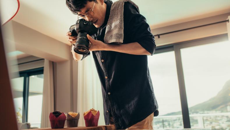 Öğrenci Kariyeri - Girişim Dünyası: Yiyeceklerin İştah Açıcı Gözükmesi İçin Yapılan 7 Reklam Hilesi