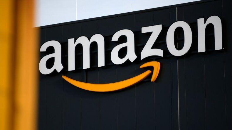 Amazon'dan Kişiye Özel Tişörtler için Sanal Dublör Hizmeti