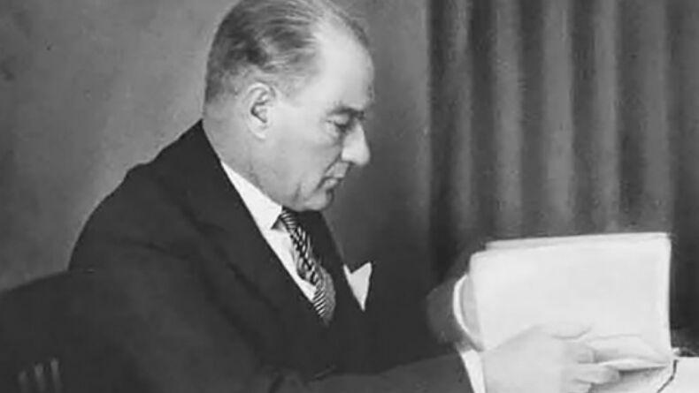 Atatürk'ün Okumamızı Önerdiği 4 Kitap