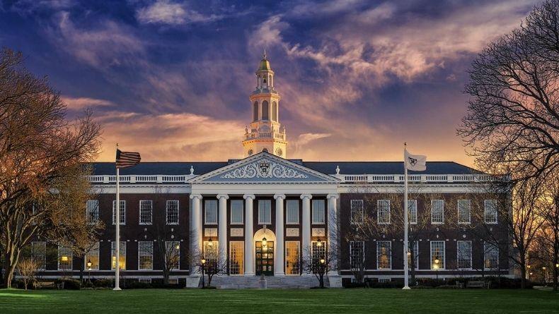Öğrenci Kariyeri - : Harvard Üniversitesi Profesörlerinin Önerdiği 7 Kitap