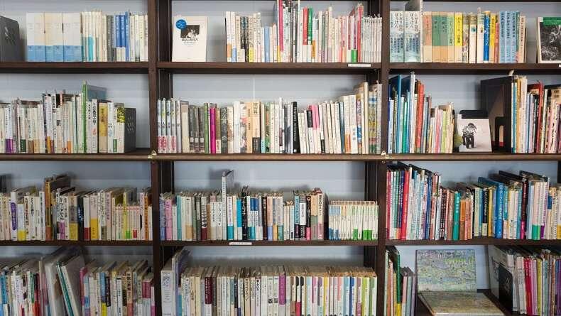Bir Oturuşta Okuyabileceğiniz 5 Kitap Önerisi