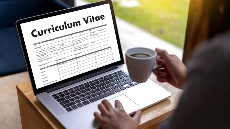 Ücretsiz CV (Özgeçmiş) Hazırlayabileceğiniz 5 İnternet Sitesi