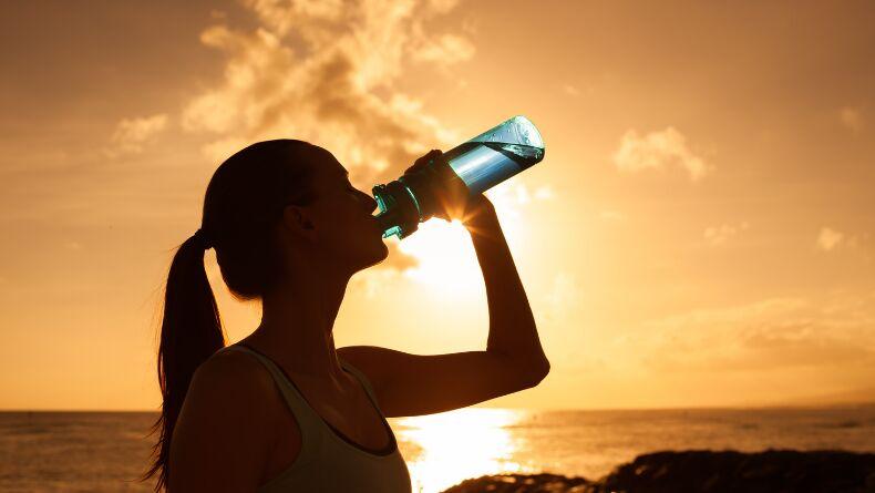 Sabahları Aç Karna Su İçmek İçin 10 Sebep