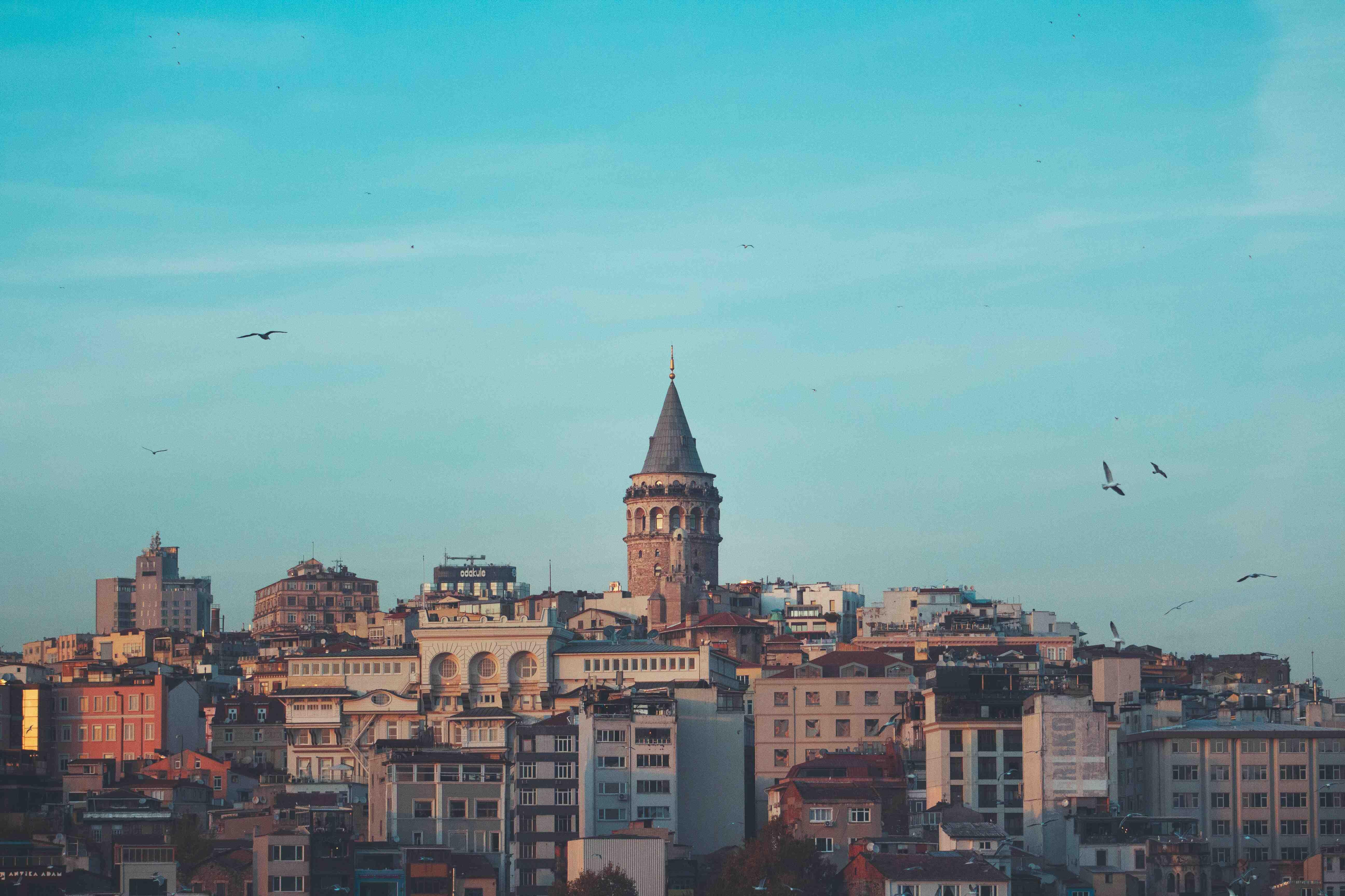 Eski İstanbul'da Gezmek İster Misiniz?