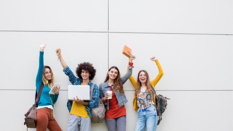 Üniversite Hayatınızda Mutlaka Katılmanız Gereken Öğrenci Kulüpleri