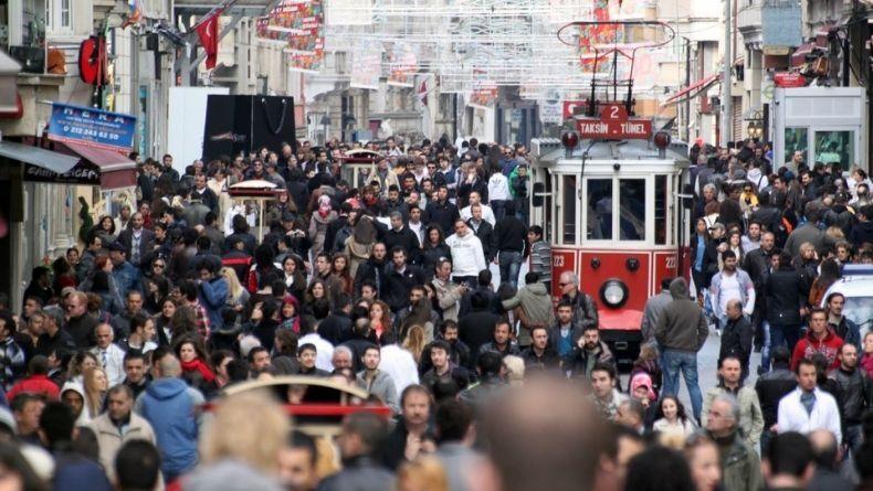 TÜİK'ten Açıklama: İşsizlik Geriledi, İstihdam Azaldı!