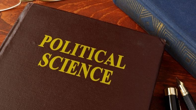 Siyaset Bilimi Öğrencilerin Mutlaka Okuması Gereken 10 Kitap