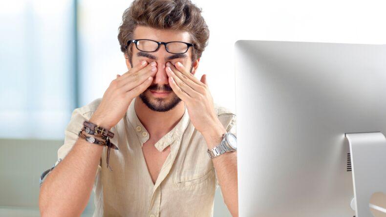 Uzaktan Çalışırken Göz Yorgunluğu Yaşamamanız İçin 5 Tavsiye