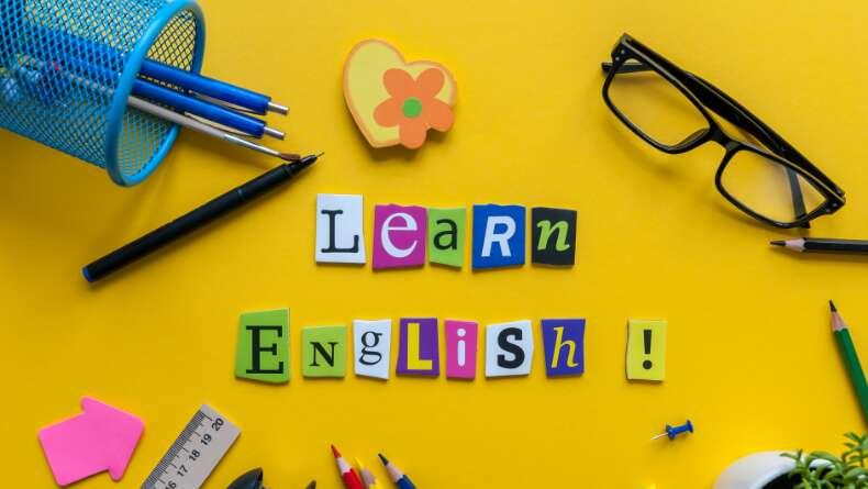 Dinleyerek de İngilizce Öğrenmek Mümkün!
