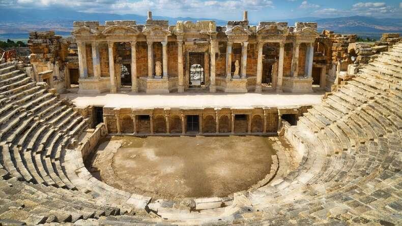 Bu Tiyatrolar Tarihe Tanık Oldu!