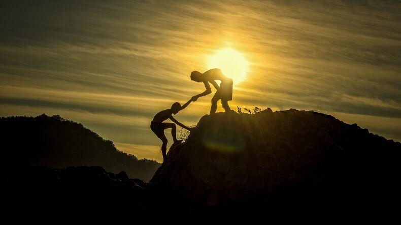 İnsanlar Zayıf Bağlarına Niçin Yardım Ederler?