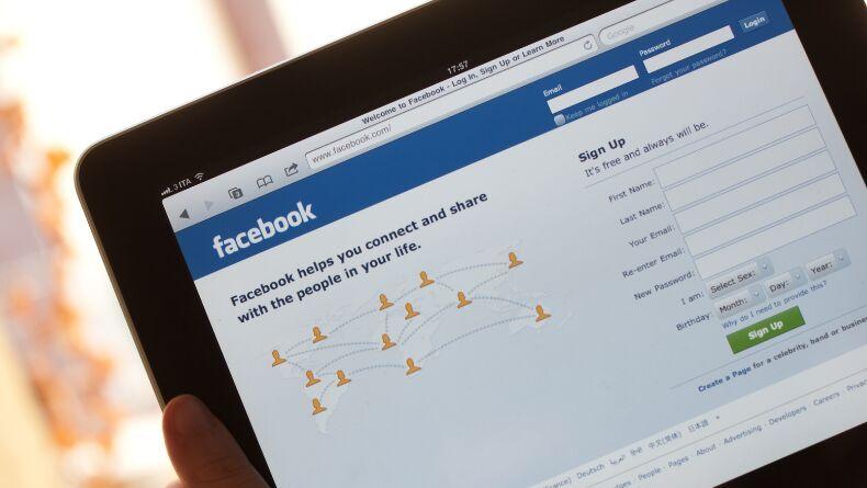 Facebook Tarihinin En Büyük Erişim Sorunu Neden Yaşandı?