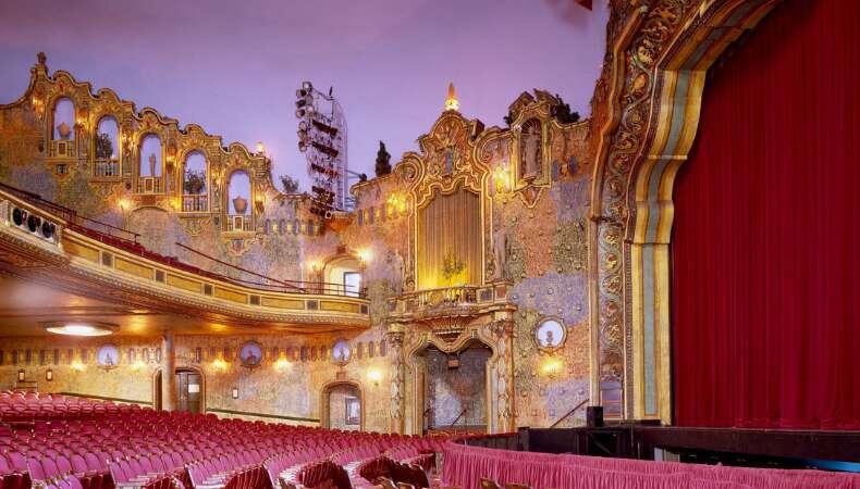 Dünya Tiyatrolar Günü'nde Online Olarak İzleyebileceğiniz 10 Tiyatro Eseri