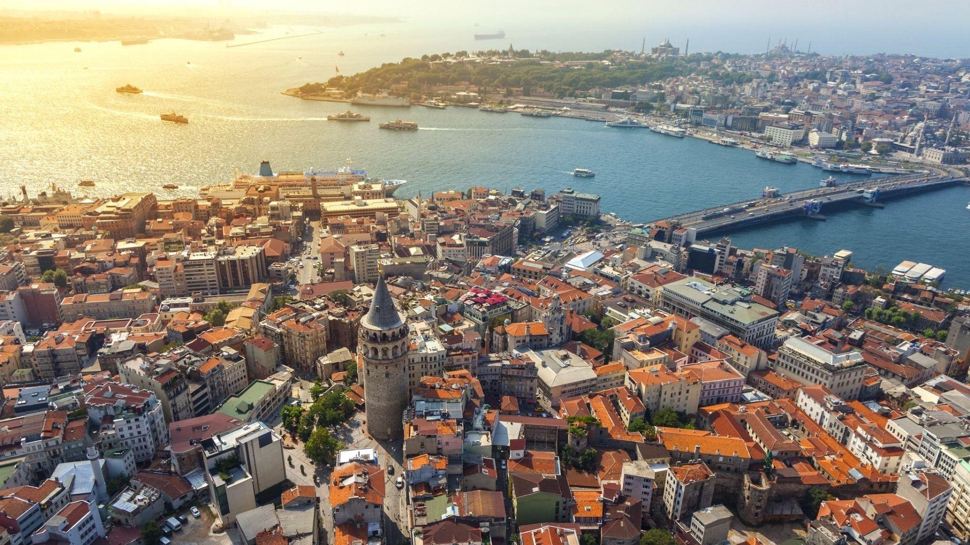 Sevdiklerinizle İstanbul'da Gezebileceğiniz En Güzel 5 Yer