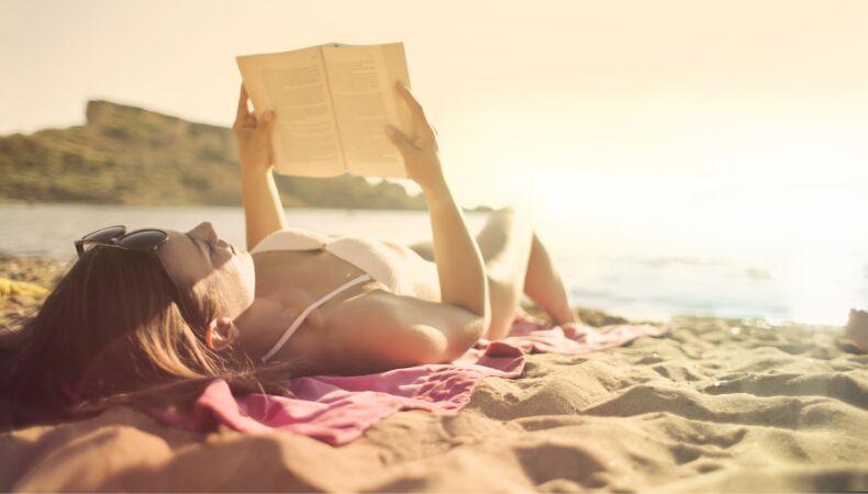 Sıcaklardan Bunalanlara: Tatilde Okunabilecek 5 Kitap